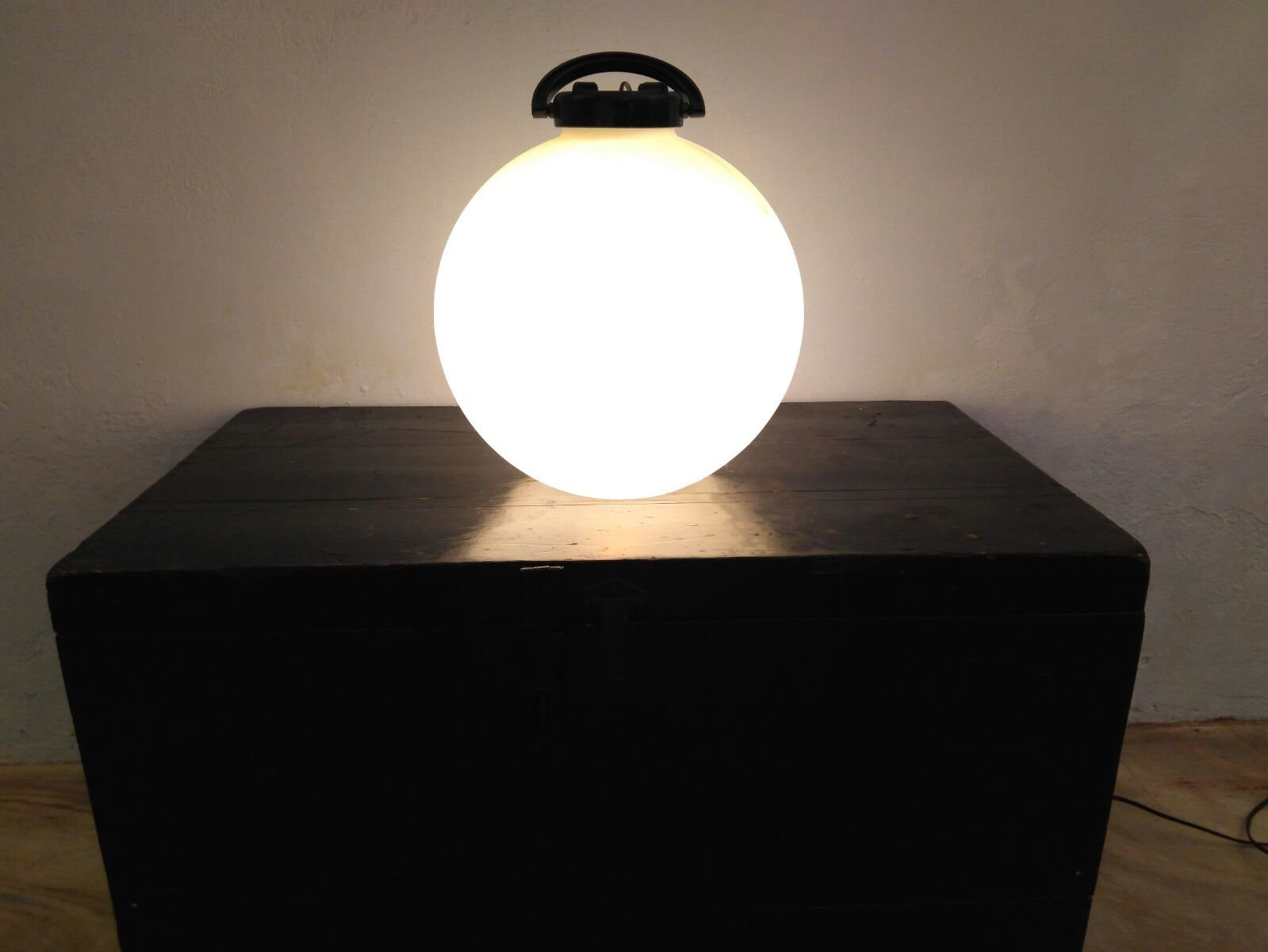Picture of: El Vinta Tama Black White Floor Lamp By Isao Hosoe For Valenti 1975 Decoration Lamps
