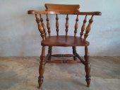 El Vinta: Captain chair (Furniture, Antique)